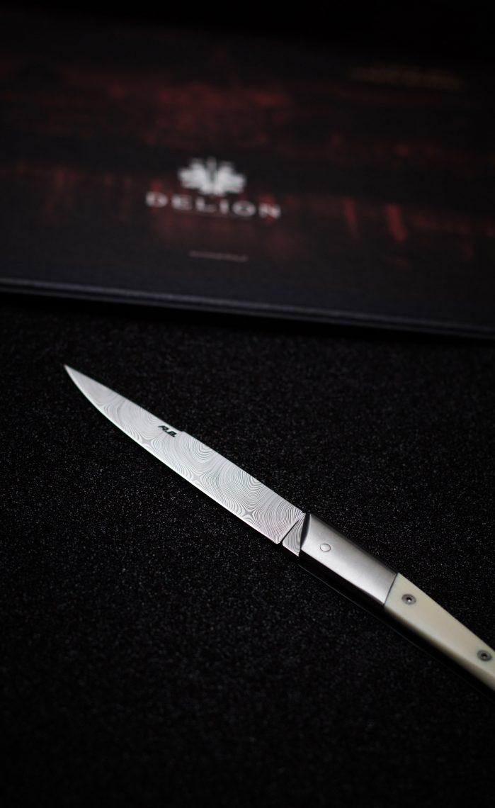 Le Lyonnais® knife and packaging