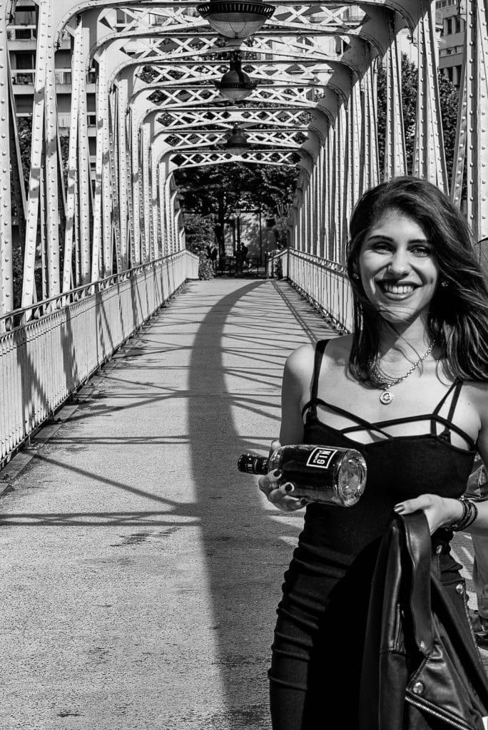 Lifestyle shooting Paris - Pvrple Gin®.